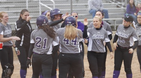 AU Softball Hosts Hillsdale and Lake Erie This Weekend