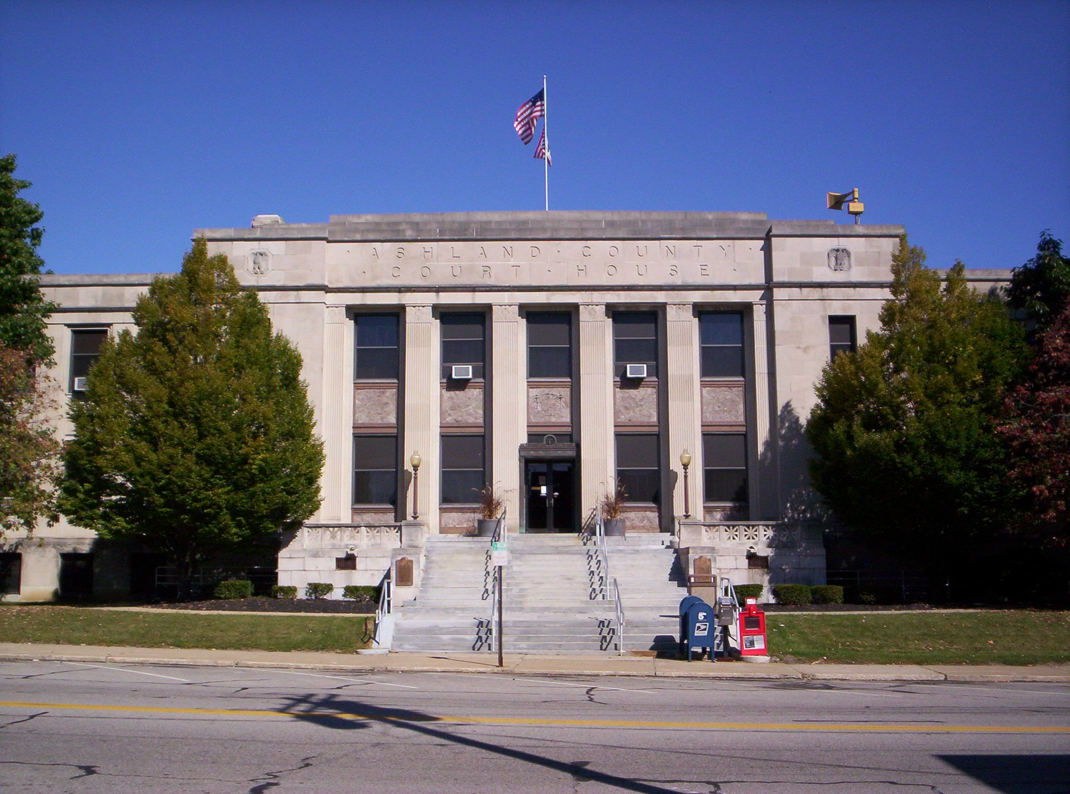 Ashland-County-Ohio-Courthouse