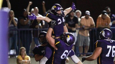AU Football routs #2 Ferris State